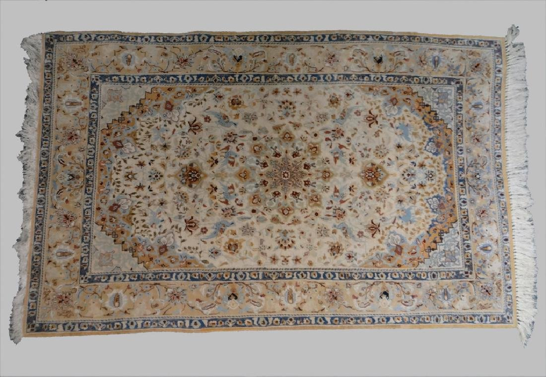 FINELY WOVEN NAIN AREA RUG 3' X 5'
