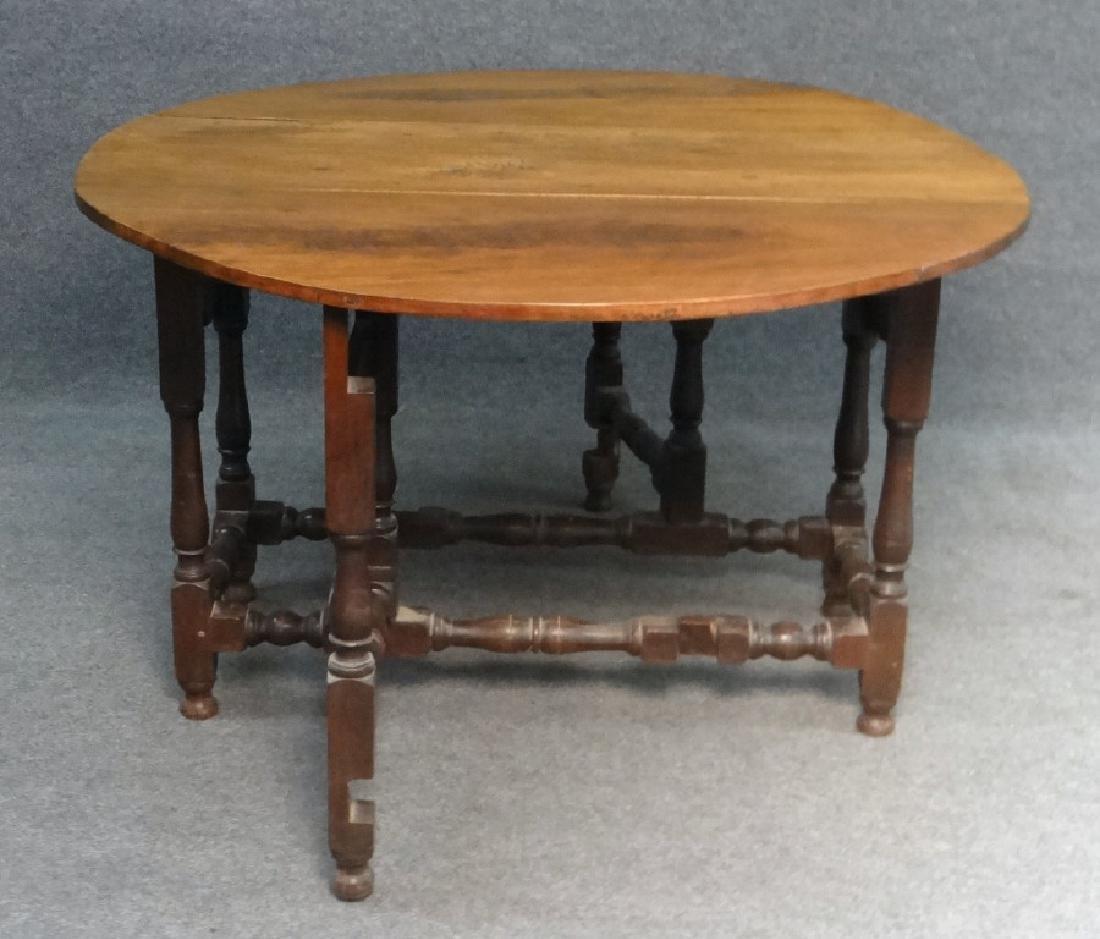 WALNUT GATELEG TABLE , EARLY 19THC. / LATE 18THC