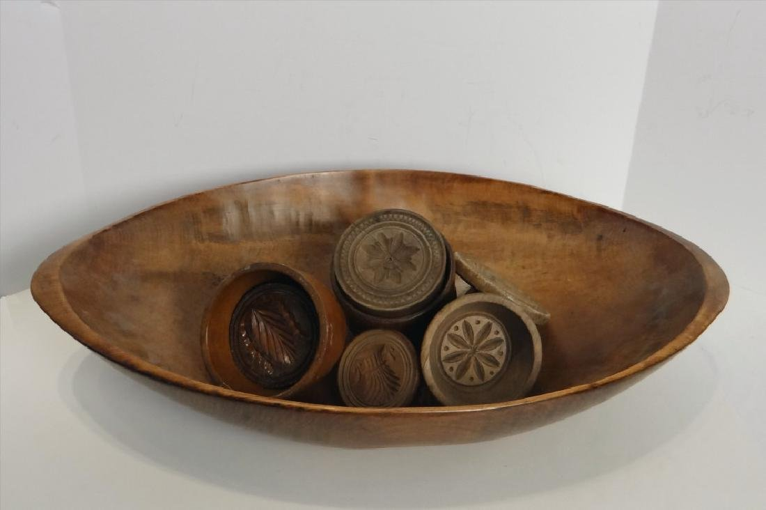 OVAL WOODEN BOWL W/ 5 BUTTER PRINTS