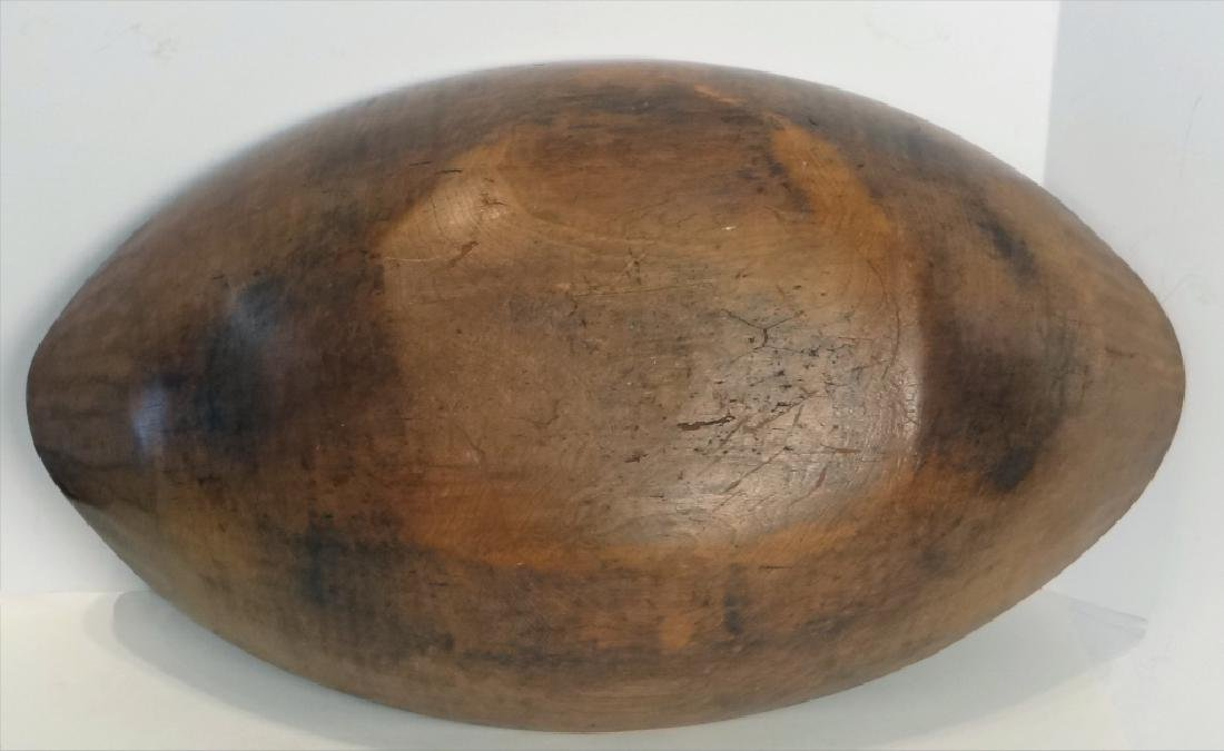 OVAL WOODEN BOWL W/ 5 BUTTER PRINTS - 8