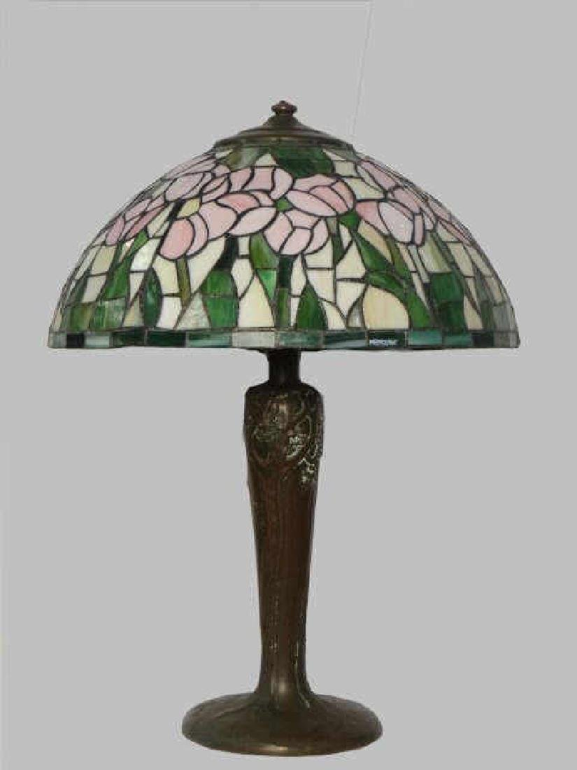 SGND HANDEL BRONZE LAMP BASE W/ CONTEMP. STAINED