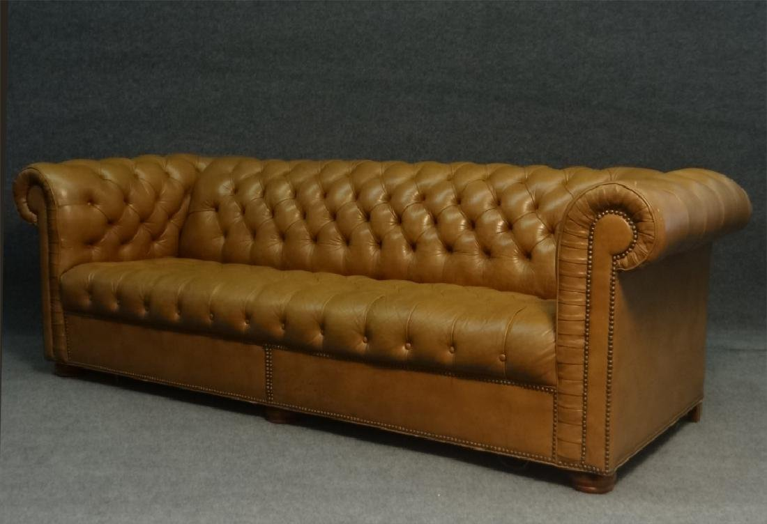 CHESTERFIELD BUTTON BACK SOFA IN LEATHERETTE - 3