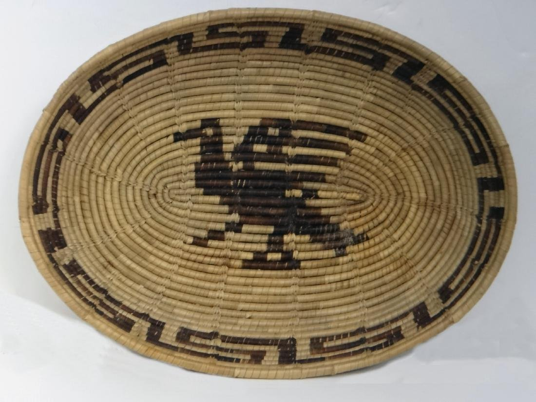 GROUP OF NATIVE AMERICAN POTTERY & BASKETRY - 4