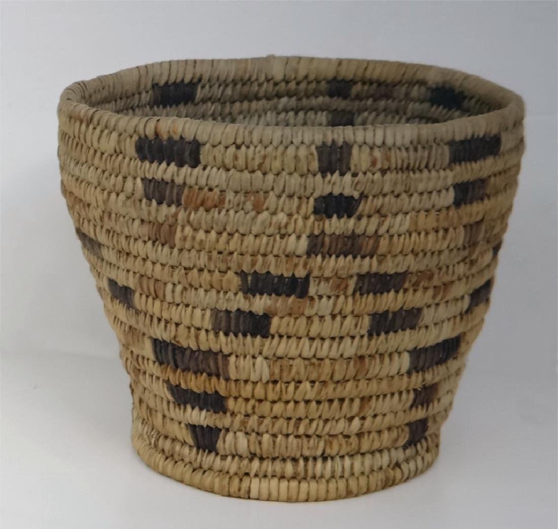 GROUP OF NATIVE AMERICAN POTTERY & BASKETRY - 8