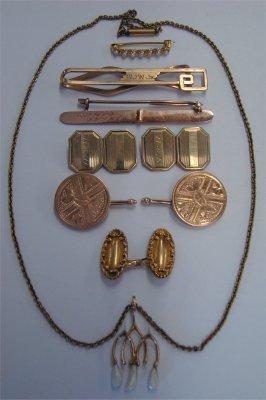 6: Gold Jewelry:  14K Cuff Links, Bar Pin, Tie Bar, Nec
