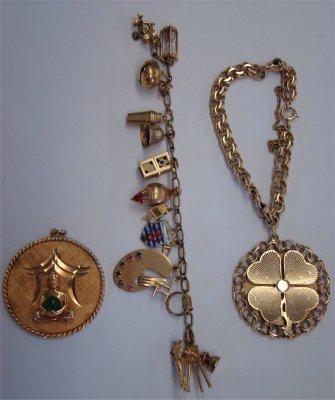 7: Christmas '63 Charm Bracelet, 15 Piece Charm Bracele