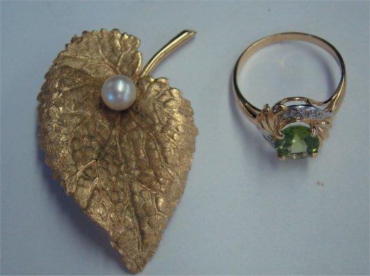 12: Peridot Ring & 14K Yellow Gold Leaf & Pearl Pin