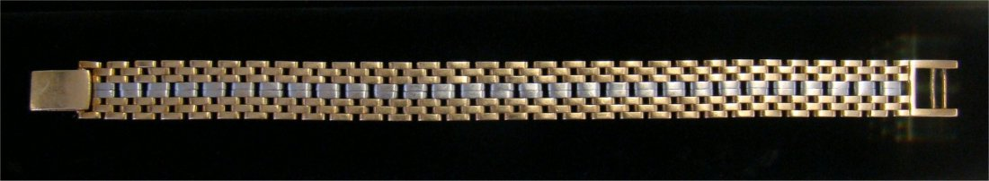 16: 18K White & Yellow Gold Bracelet, Approximately 2.1