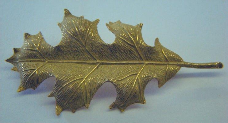 17: Tiffany & Co. 18K Gold Leaf Brooch