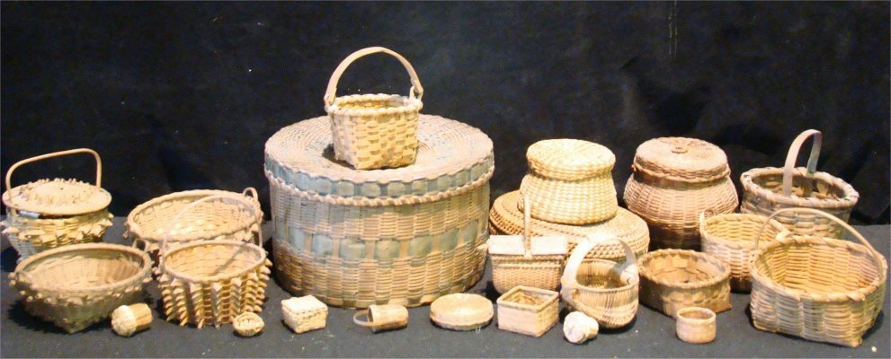 21: Large Group Of Baskets Including Niagara Frontier,