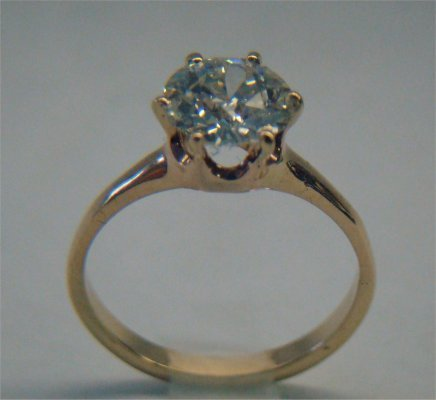 11: 14K Yellow Gold Diamond Solitaire, Approximately 1.