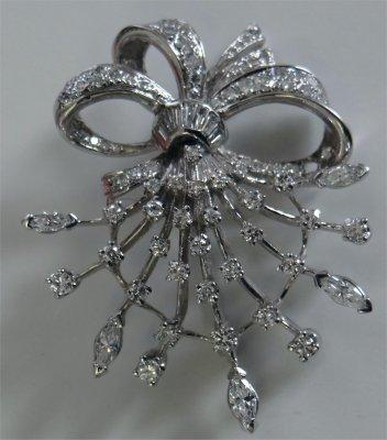 Diamond Bow Spray Pin