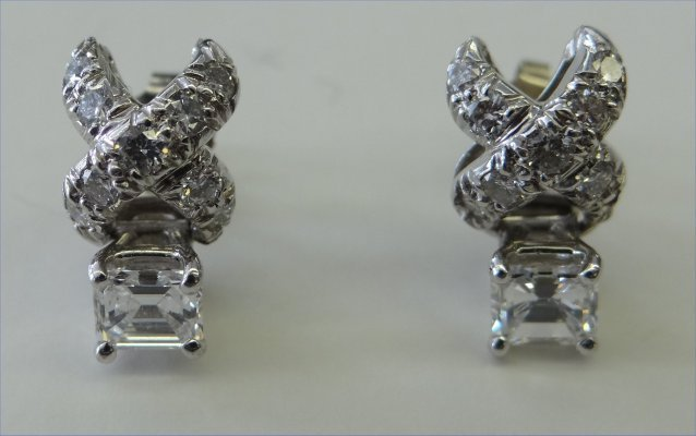 "Pr  Diamond Earrings ""X"" Shaped & Square Daimonds"