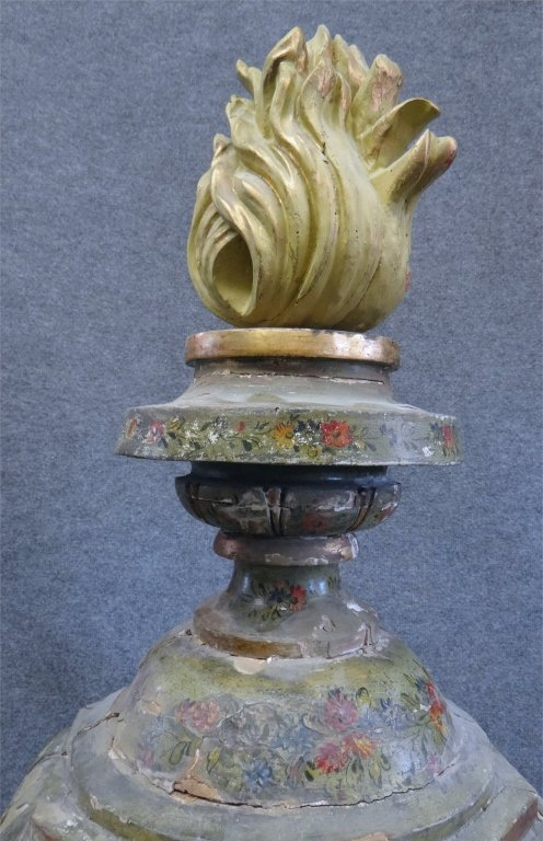 ITALIAN PAINTED CARVED WOOD URN W/ FLAME FINIAL - 3