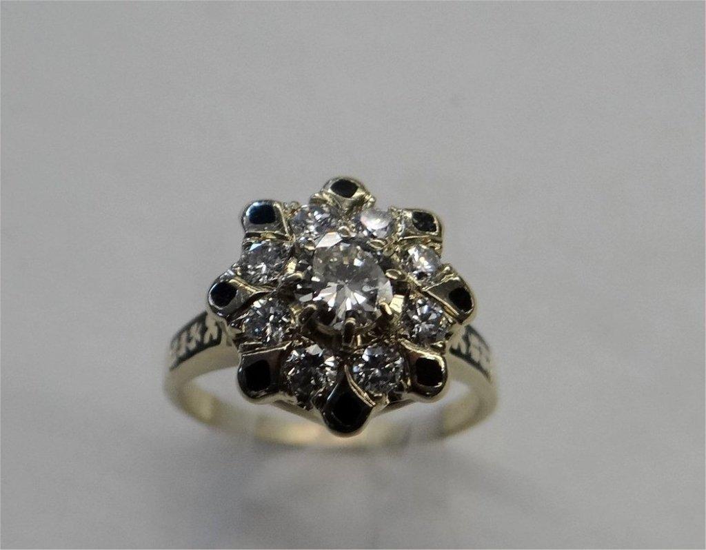 DIAMOND & ENAMEL CLUSTER RING IN 14K YELLOW GOLD