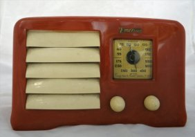 "Vintage 1938 Bakelite Emerson Radio Ax235 (5 1/2"" X 9"")"