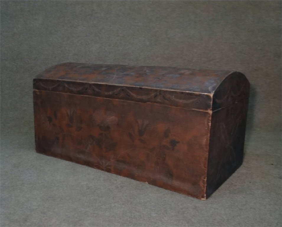 PAINT DECORATED DOMW TOP STORAGE BOX C. 1840
