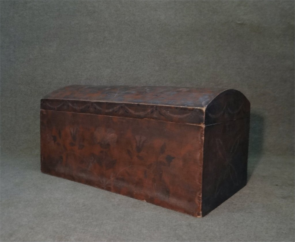 PAINT DECORATED DOMW TOP STORAGE BOX C. 1840 - 2