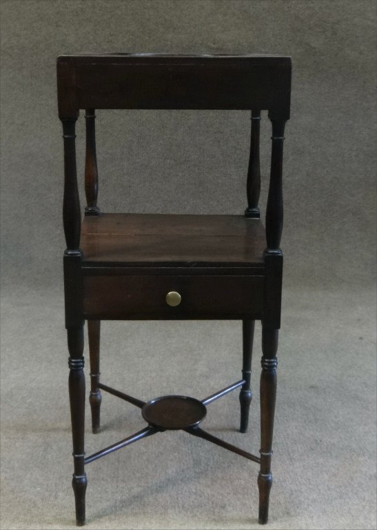 EARLY 19THC. BASIN STAND W/ CROSS STRETCHERS