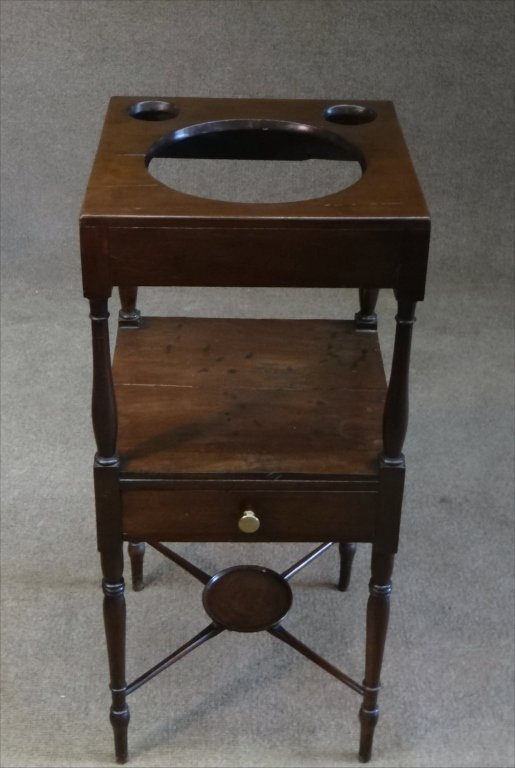 EARLY 19THC. BASIN STAND W/ CROSS STRETCHERS - 2