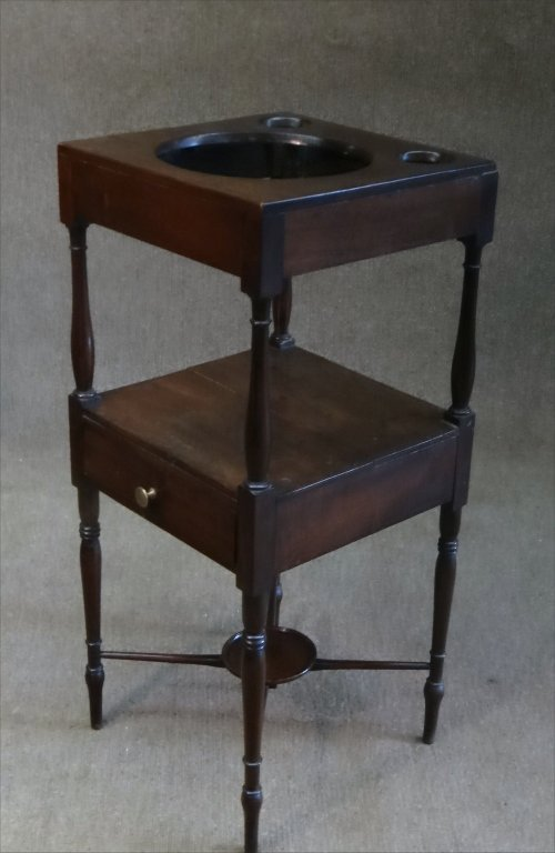 EARLY 19THC. BASIN STAND W/ CROSS STRETCHERS - 4