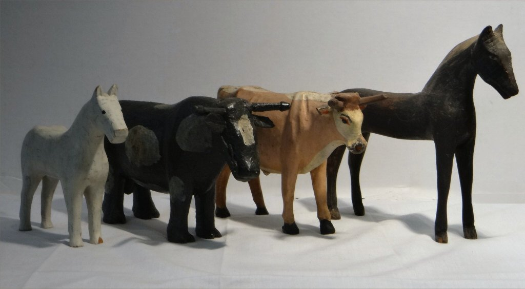 5 FOLK CARVED WOODEN FARM ANIMALS IN PAINT