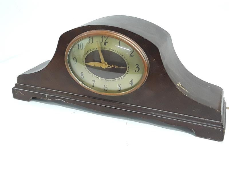 Mantel Clock by Techron Synchronous Wooden Running Cloc