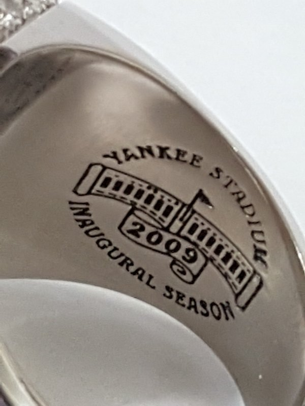 Minty 2009 NY Yankees Baseball MLB Diamond Ring - 6