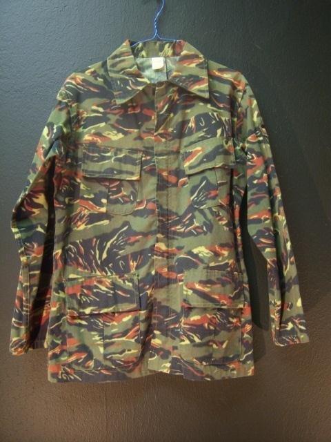 8: Ecuadorian Camo Jacket Small