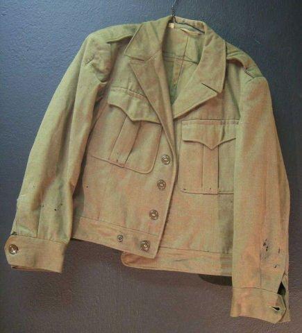 13: Vintage WWII Wool Uniform Jacket 38S