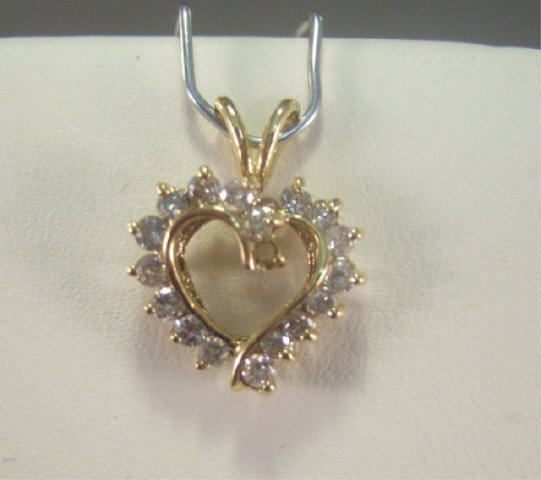 11: 14Kt Gold and Diamond Ladies Pendant