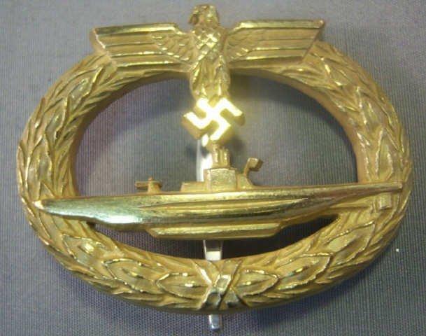 471: German World War II Naval U-Boat Submarine Badge