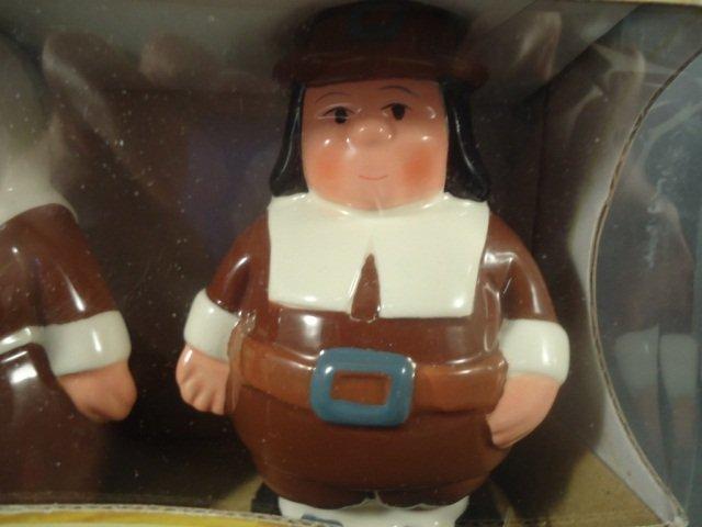 253: Retired Publix Pilgrim Salt and Pepper Shakers - 4