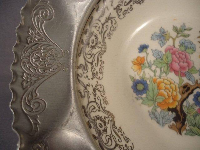 450: Vintage Hammered Alum Bowl With Porcelain Bowl - 3