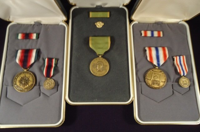 5 Cased WWII and Korean War Medals