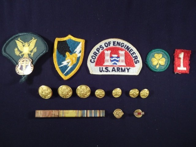 15 US Army Patches, Ribbons, Pins, & Buttons