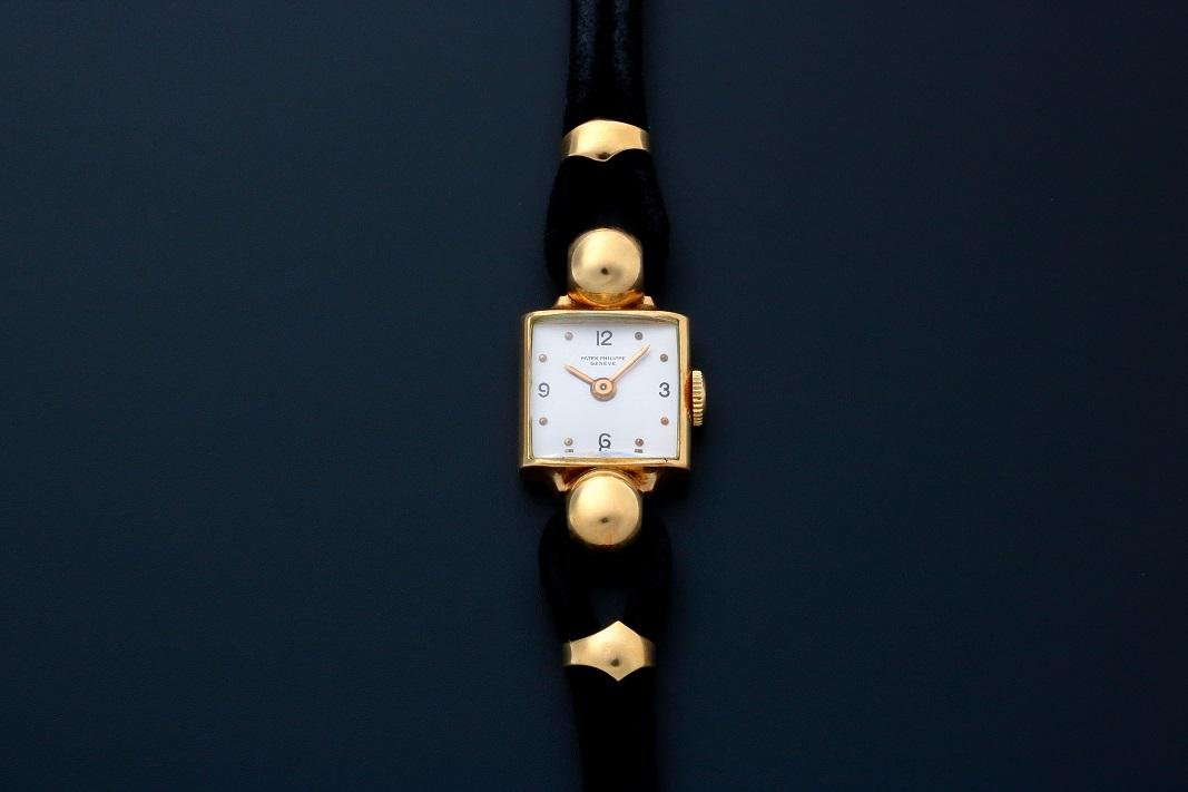 Patek Philippe Cocktail Watch 18K Yellow Gold
