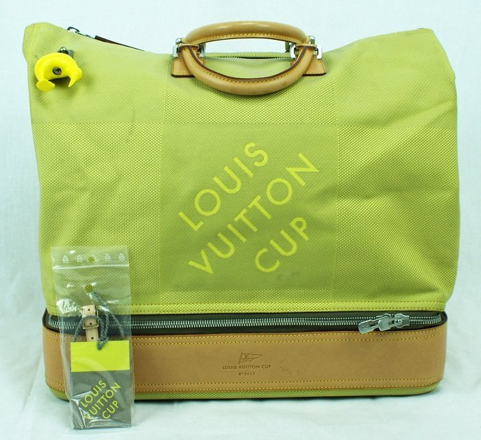 7: Limited Edition Louis Vuitton America`s Cup Travel B