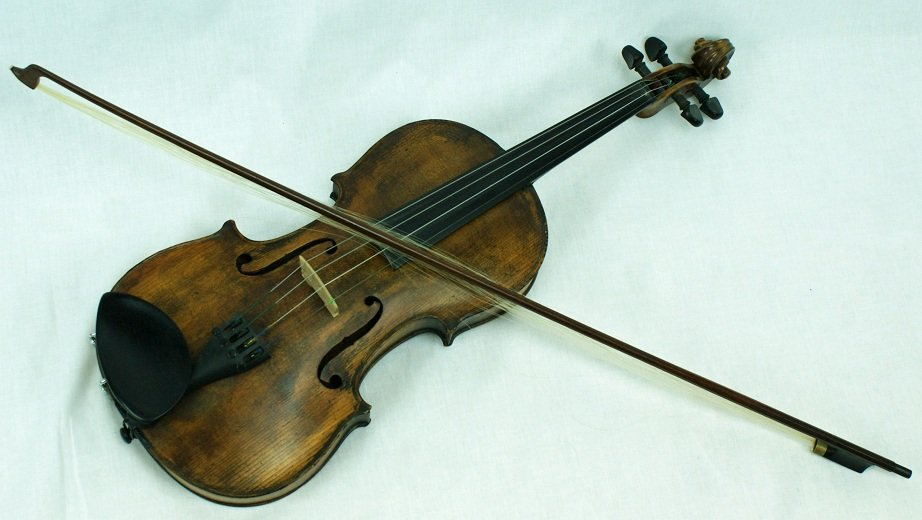 12: N. Audinot Violin, Paris Label Dated 1875 with Fren