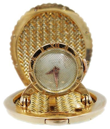 11: Universal Geneve Pendant Diamond 18k Tri-Color Gold
