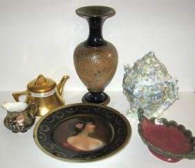 Group of damages vintage porcelain items,