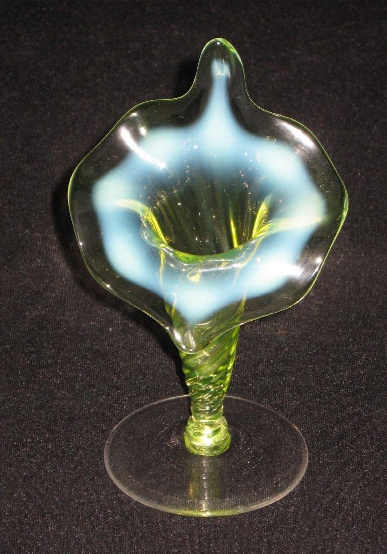 Opalescent jack in the pulpit vase vaseline opalescent jack in the pulpit vase reviewsmspy