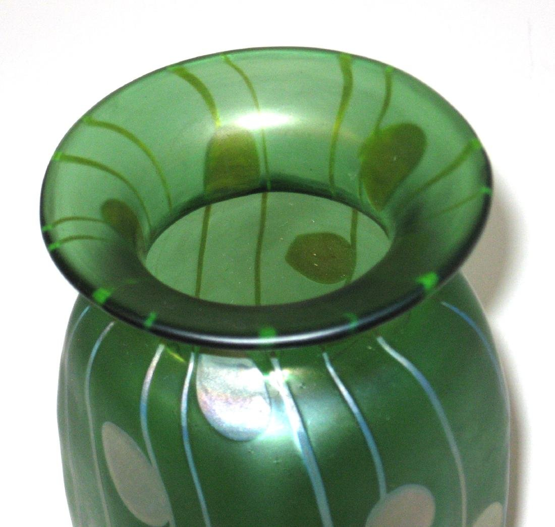 Decorated Loetz glass vase, - 2