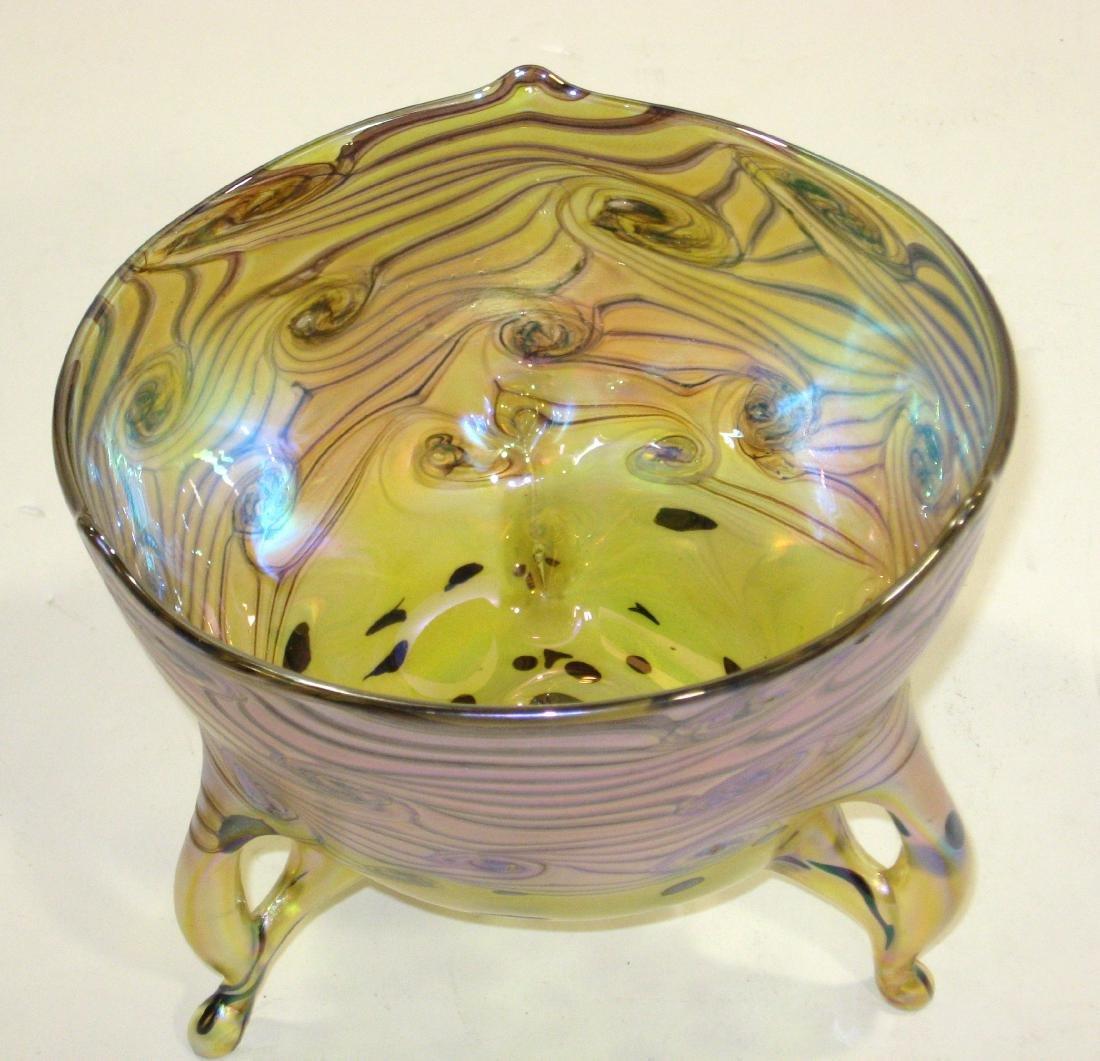 Czech art glass footed bowl, - 3
