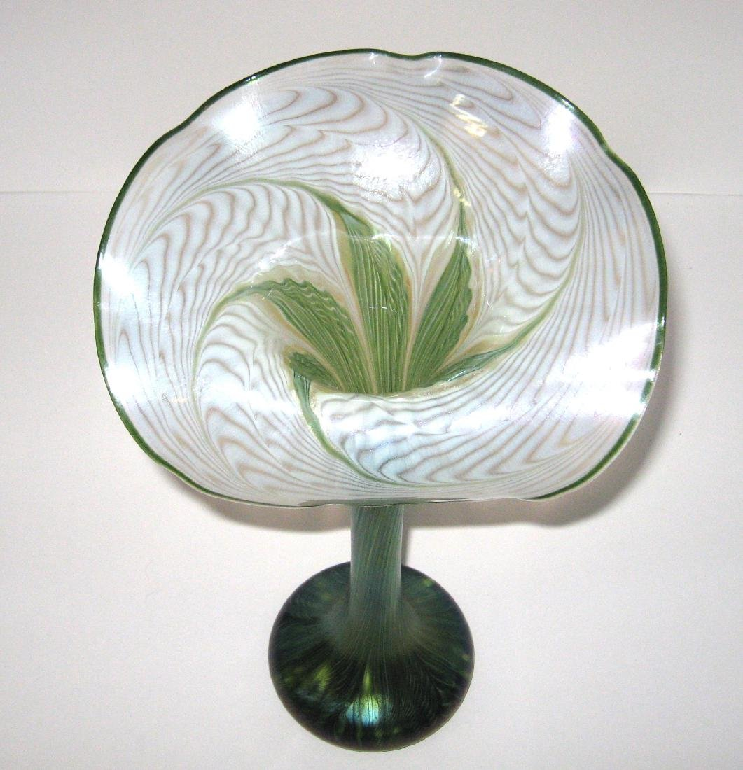 Lundberg Art Glass jack-in-the-pulpit, - 3