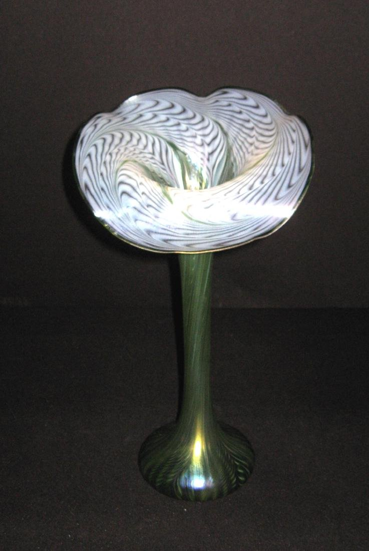 Lundberg Art Glass jack-in-the-pulpit, - 6