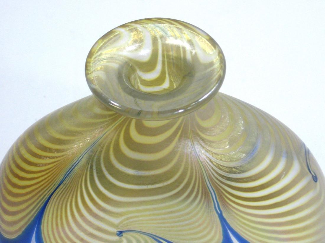 Steve Correia art glass vase - 2