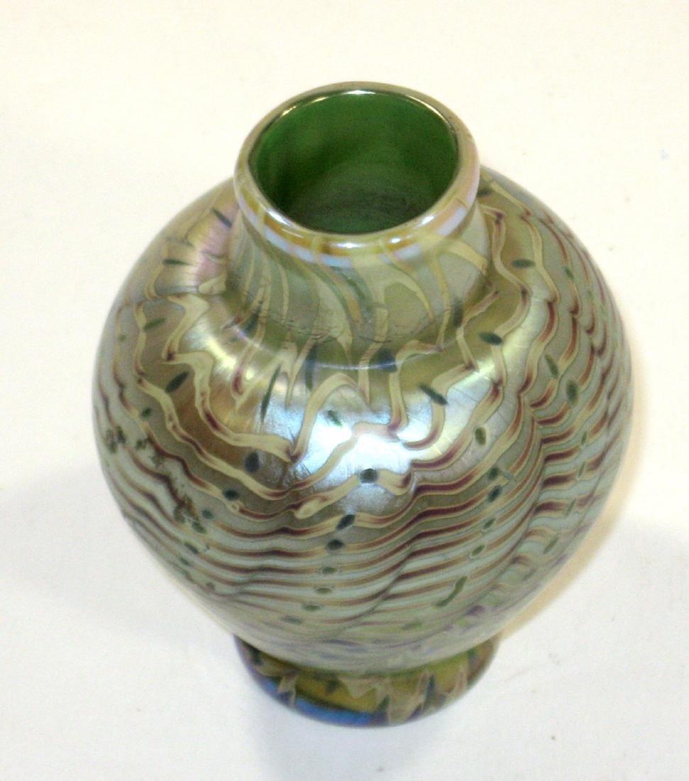 Lundberg cabinet glass vase, - 2