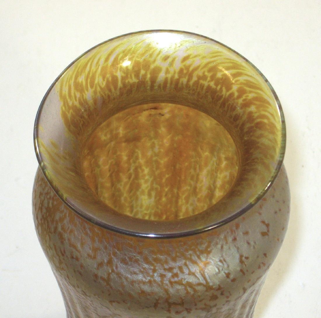Iridescent gold art glass vase, - 3