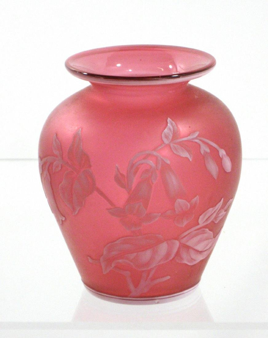 Red English cameo glass vase, - 3